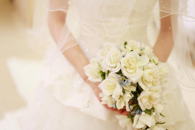 結婚が近づくと手相に現れる印とは?幸運を逃さないでくださいね!